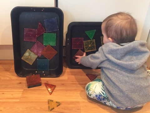 Using oven trays to stick Magnatiles to
